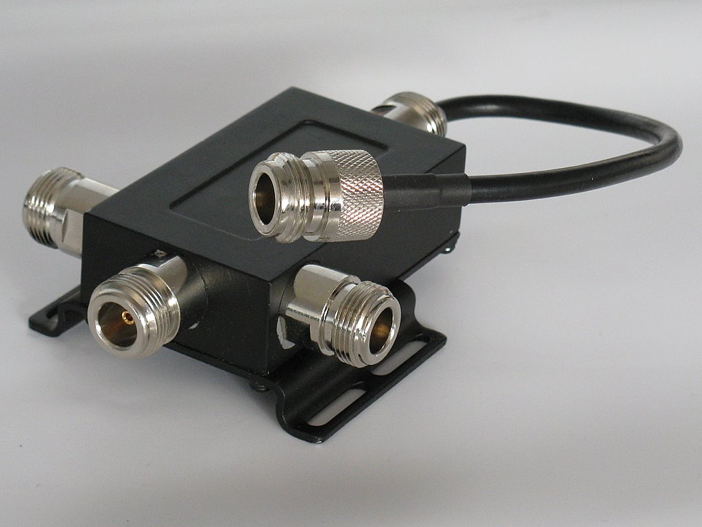 DragonTECH » Power Divider with Jumper Cable